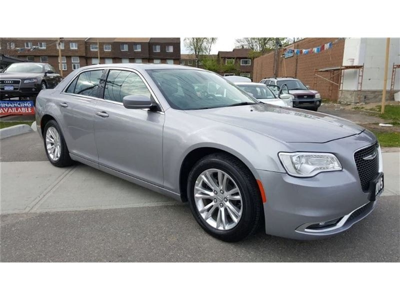 2015-Chrysler-300