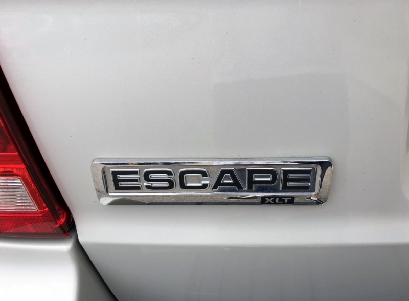 2009-Ford-Escape