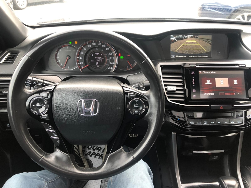 2016-Honda-Accord Sedan